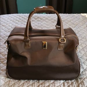 London Fog Chelsea Wheeled Duffel